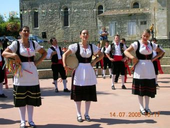 2-14-juillet-2005-Groupe-folklorique-sicilien