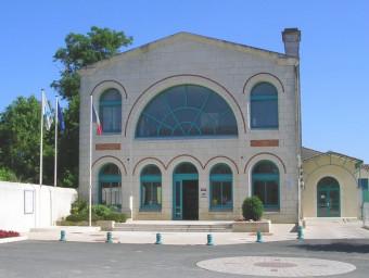 1-Mairie-Cravans