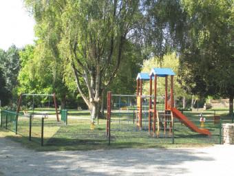 29-Aire-de-jeux-Jardin-public